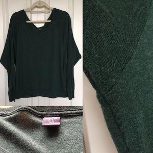 ARITZIA Ultra Soft Forest Green Scoop Neck Sweater